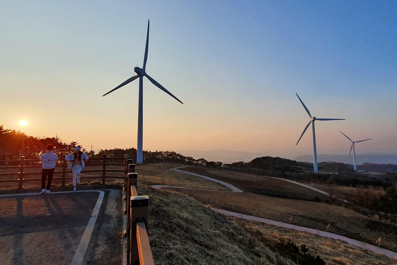 경주 풍력발전(바람의언덕) | 관광지 | 경주 여행 | 경주문화관광